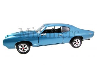 1969 Pontiac GTO Scale Model
