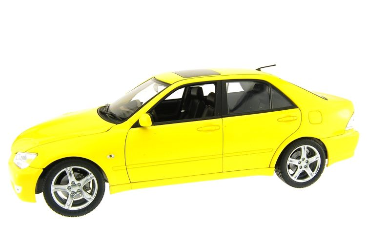 Toyota Altezza Scale Models