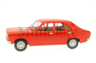 Hillman Avenger 1500 DL Scale Model