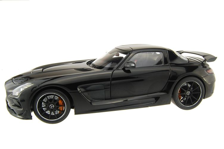 Mercedes SLS Scale Models