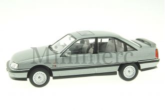 Vauxhall Carlton Scale Model